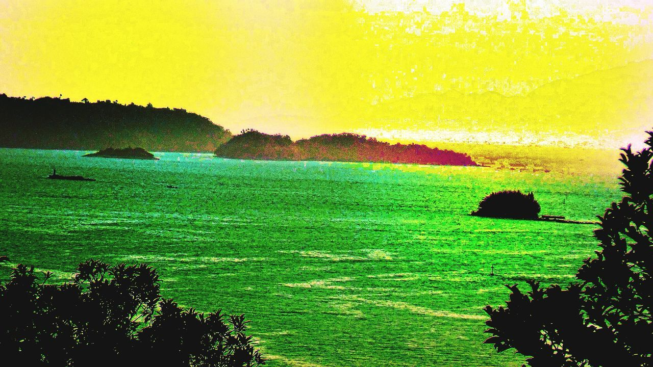 Angra Dos Reis RJ BRASIL ☀️🇧🇷 EyeEmBestEdits First Eyeem Photo Sunset #sun #clouds #skylovers #sky #nature #beautifulinnature #naturalbeauty #photography #landscape Eye4photography  EyeEm Best Shots EyeEmBestPics EyeEm Nature Lover EyeEm Gallery Angra Heaven