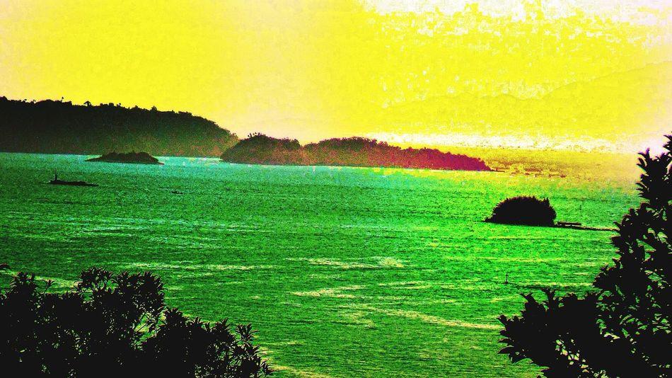 Angra Dos Reis RJ BRASIL ☀️🇧🇷 EyeEmBestEdits First Eyeem Photo Sunset #sun #clouds #skylovers #sky #nature #beautifulinnature #naturalbeauty #photography #landscape Eye4photography  EyeEm Best Shots EyeEmBestPics EyeEm Nature Lover EyeEm Gallery Angra Heaven