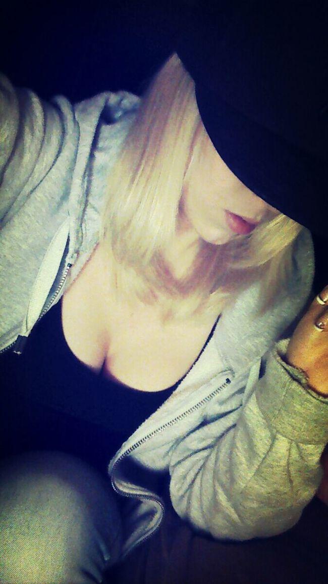 . Taking Photos Blonde Hair & Brown Eye High Life Chillen ✌