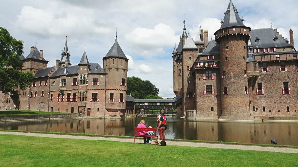 Just Admiring ! Beautiful Castle Historical Building Waterbrilliance Architecturelovers