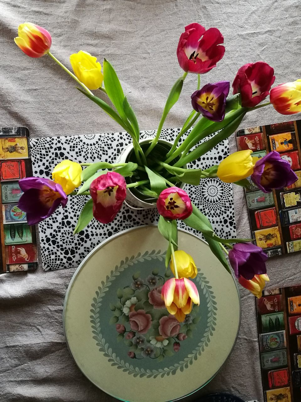 flower, indoors, freshness, vase, multi colored, celebration, tulip, candle, arrangement, petal, text, love, no people, home interior, fragility, birthday, ribbon, bouquet, birthday cake, gift, day, close-up, beauty in nature, food, flower head, nature