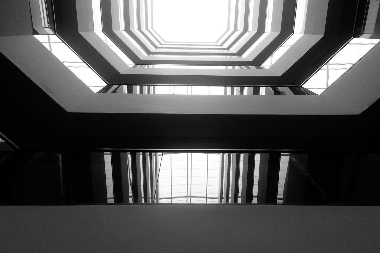 Hidden Gems  Urban Geometry. Looking Up
