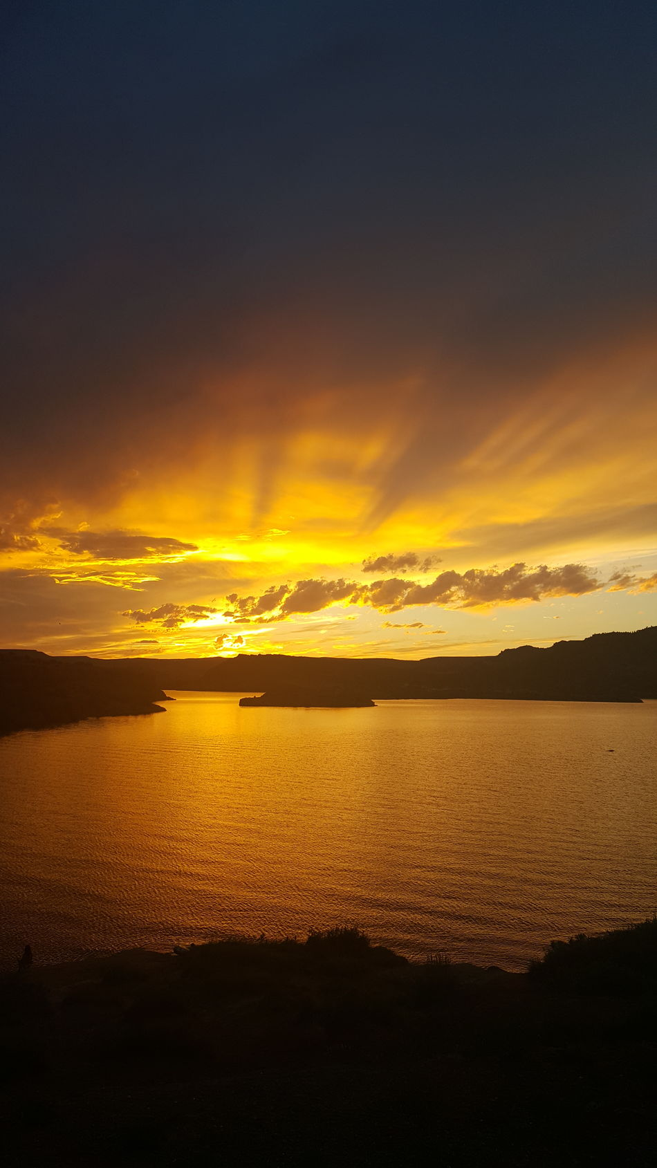 43 Golden Moments Alcova Lake Wyoming Sunset Golden Moment Camping Golden Skies