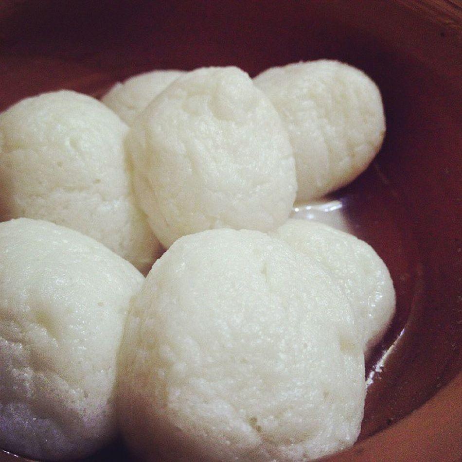 Garma Garam Rosogolla Bhaar Delicious Mishti