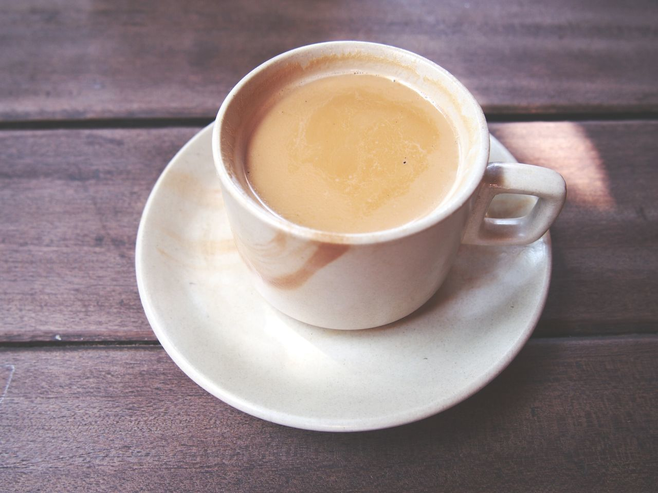 Drink Coffee - Drink Coffee Cup Table Indoors  No People Coffee Break Latte Cappuccino Tea - Hot Drink Mocha Cafe Food And Drink MasalaTea Relax Time