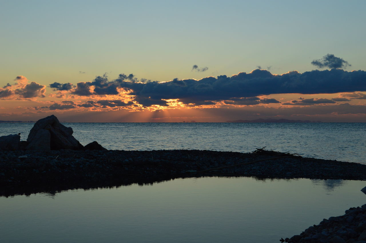 Lake Beach Beauty In Nature Cloud - Sky Day Horizon Over Water Nature No People Outdoors Reflection Scenics Sea Sky Sunset Tranquility Water
