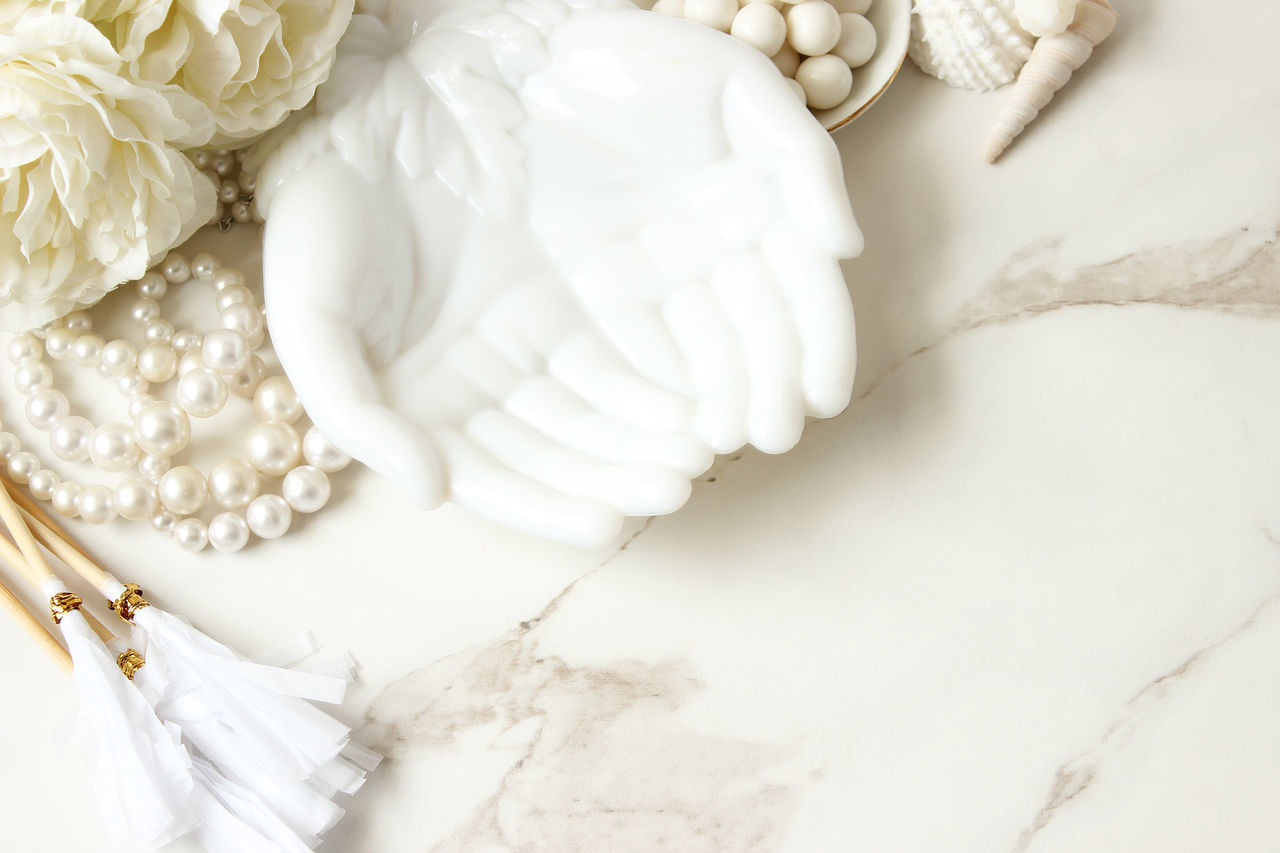 Wedding desk Beach Theme Border Bouquet Bridal Chic Desktop Elegant Frame Glamour Marble Marriage  Mock Up Modern Necklace Open Hands Overhead Overlay Pearls Seashells Styled Template Wedding White White Color