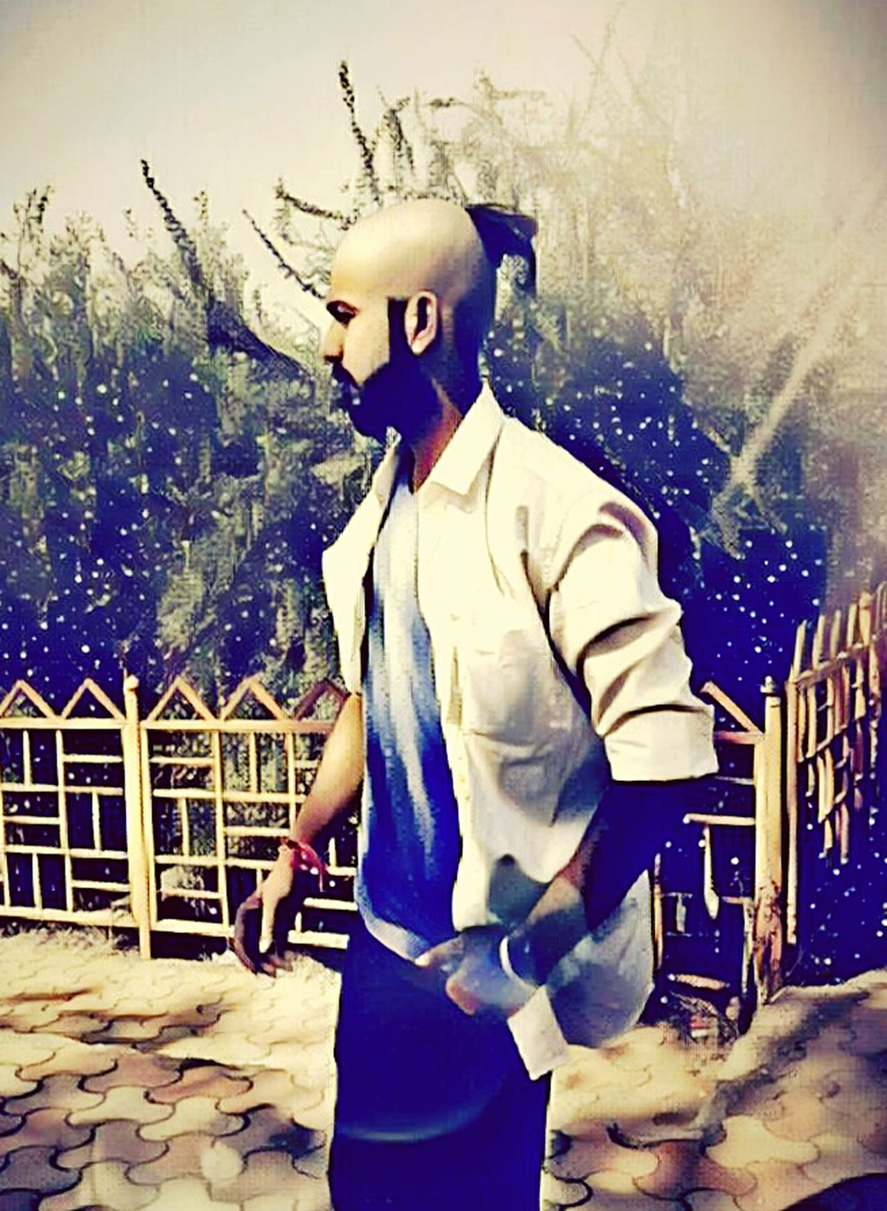 Uniqueness Hackerpandit Saurabh Dubey Stylish Saurabh With Saurabh Sad Boy Sad & Lonely Alone In The World Emptineess Attitude One Person Gangster Ganster Of Love Looking Into The Past Dangerous Lion King  Fashion Style That's Me Hacker Hackers