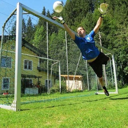 Soccer Football Keeper Sun fast shutter speed Iso100