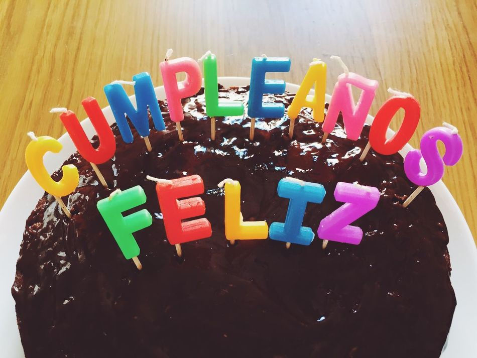 Sweet Food Text Birthday Temptation Multi Colored Birthday Cake Dessert Birthday Candles Celebration Food Communication Party - Social Event Life Events Candle Ready-to-eat Unhealthy Eating Indoors  Happy Birthday Feliz Cumpleaños Cumpleaños Chocolate Cake Velas