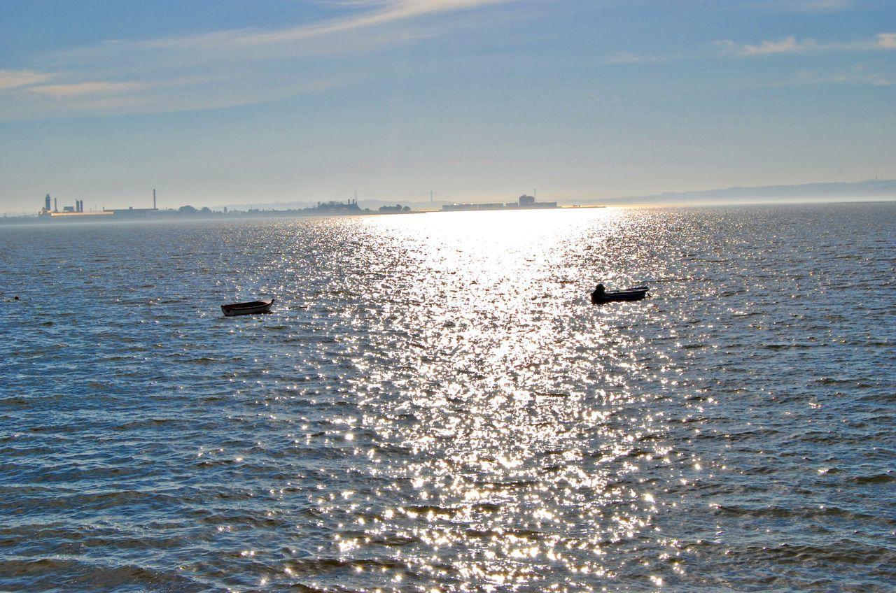 Sea Mar Barcos Boats Sun Sol Nature Natureza Portugal Rio Tejo Tejoriver Rosario Moita