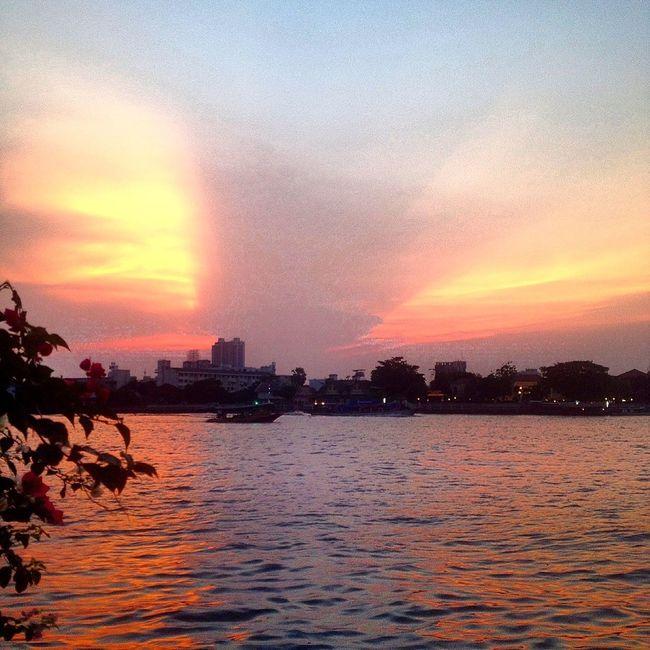 Can't beat Sunset Summerday Clouds And Sky BangkokThailand