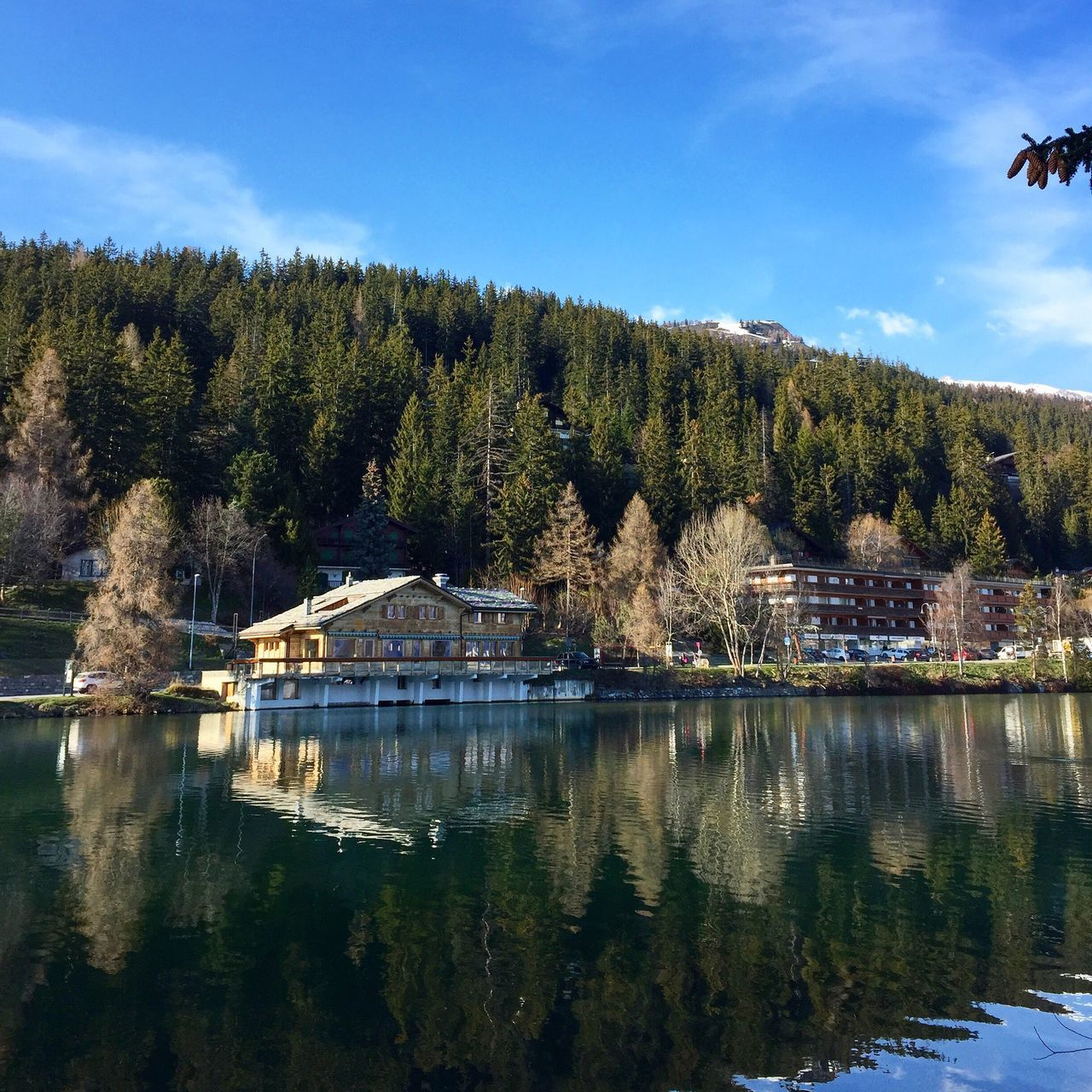 Lago Cransmontana Tranquility Beauty In Nature Waterfront Scenics No People Tranquil Scene Outdoors Water