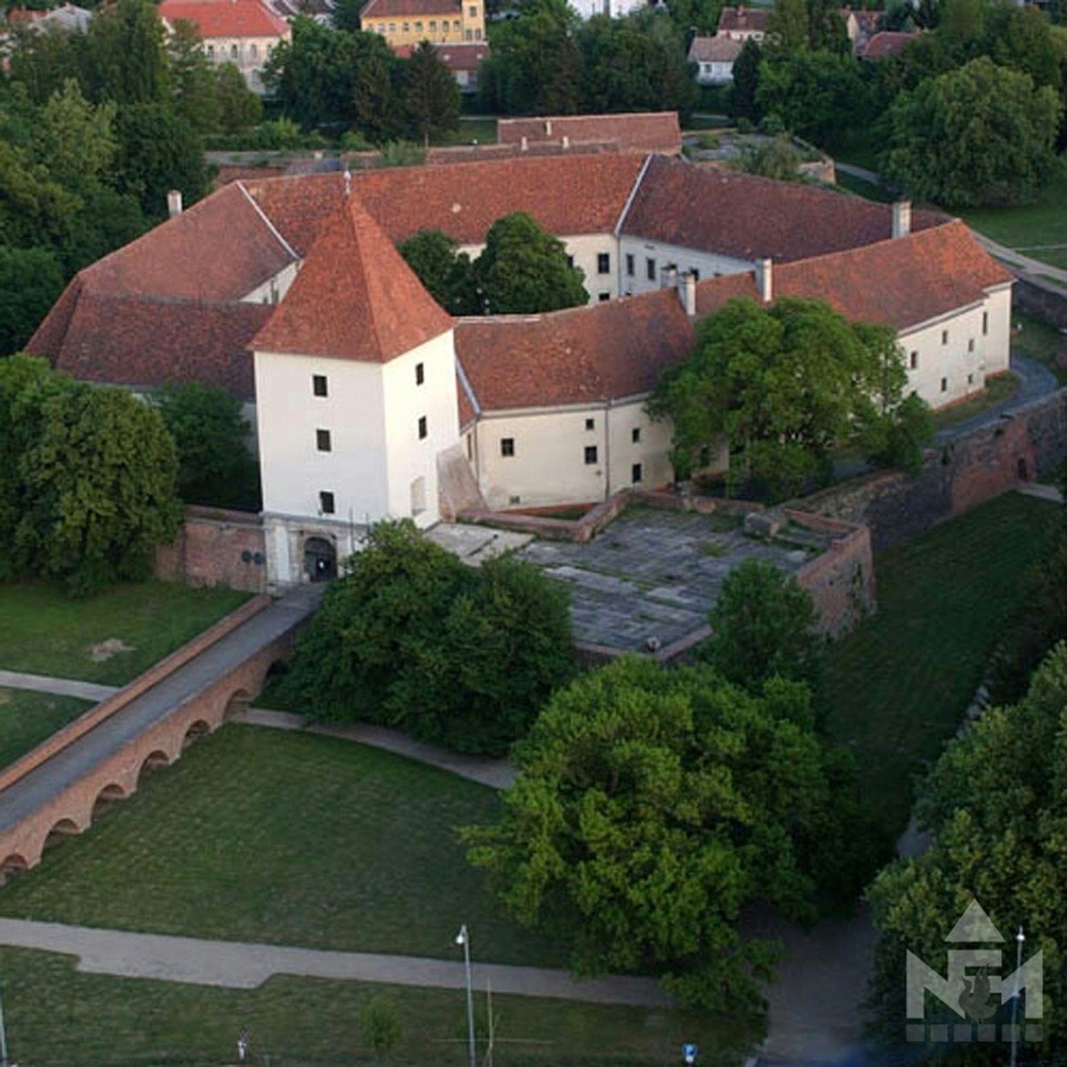Nadasdy castle Exhibition Castle Museum Architecture