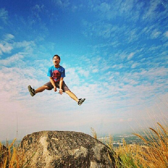 1,2,3 Jumppp!! at Broga Hill
