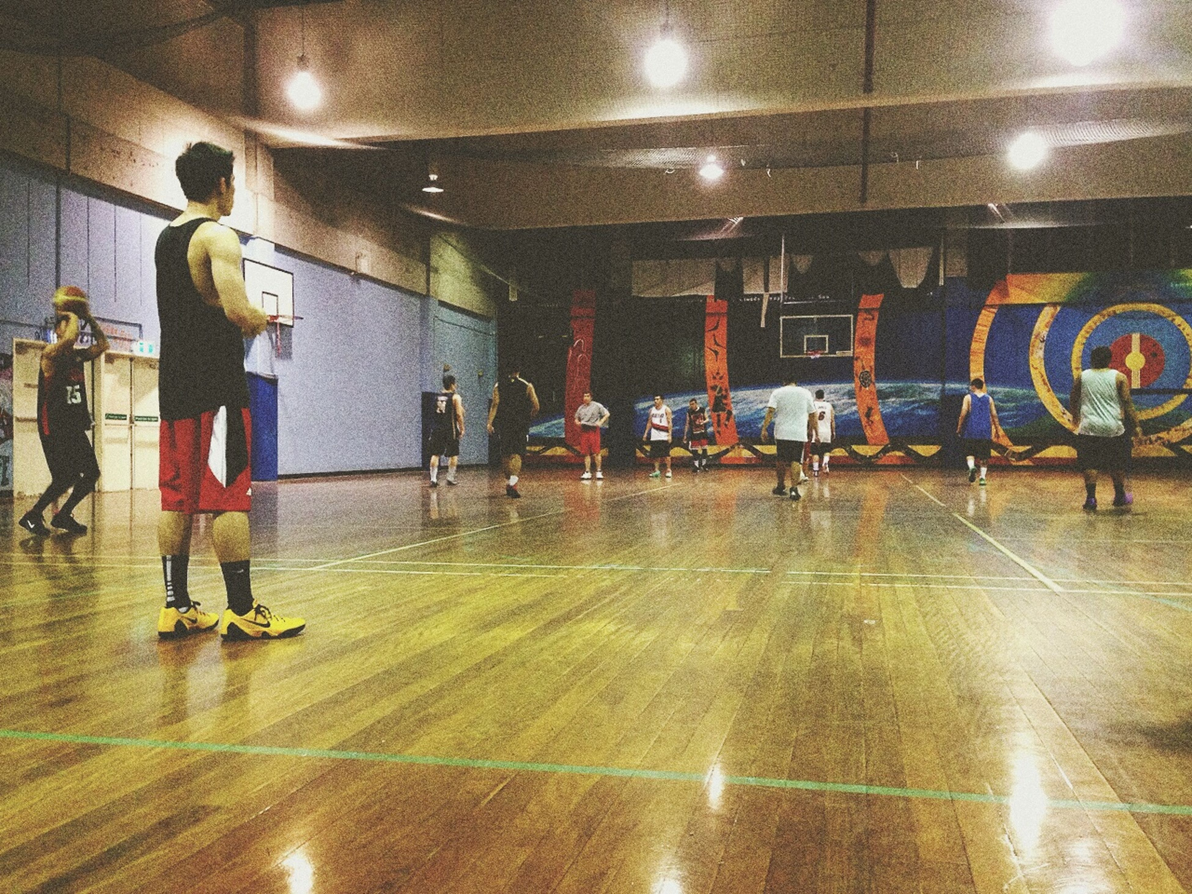 Happy time with Bball & friends. Basketball FreeTime Happiness Friendship Court Kobe9 Brucelee Thaisinsydney Relaxing Workout
