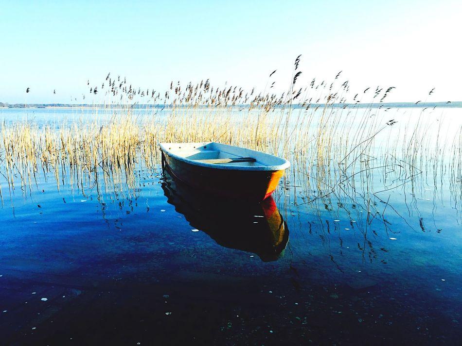 Boat Enjoying Life Boat On Sea Landscape Contrasts Magnificent World