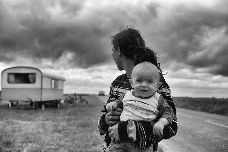 The Photojournalist - 2016 EyeEm Awards La Pièta Des Roms