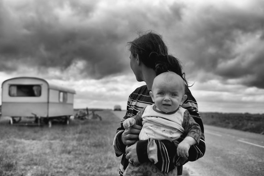 The Photojournalist - 2017 EyeEm Awards La Pièta Des Roms Nikond4s 35mm Childhood Real People Sky Cloud - Sky Transportation Love Day Togetherness Field Outdoors Father Lifestyles Portrait Two People Boys Leisure Activity Grass Nature Bonding Young Adult 35mm