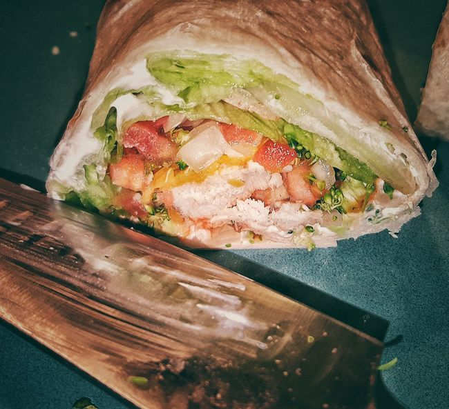 3. Showcase: February Foodporn❤️ Chicken Vegetable Wrap Fixing Dinner Flour Tortilla Lettuce Hot Sauce Sour Cream Shredded Cheese Tomato Onion Broccoli Chicken Healthy Eating Healthy Food Knife Time To Eat Dinner Time Samsung Galaxy S6 Edge Cellphone Photography