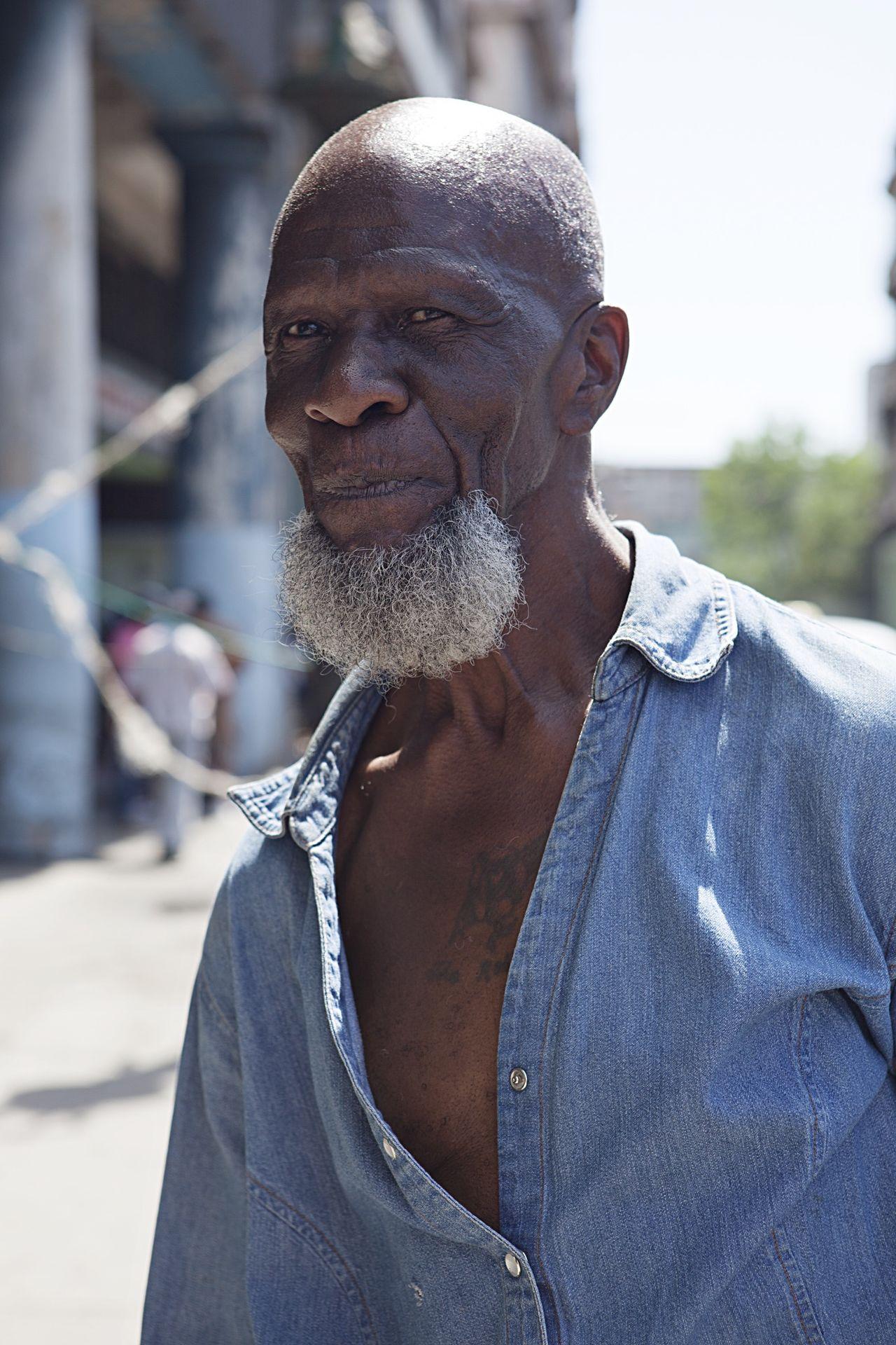 Cuba Cuban Cuban Man Man Havana Travel Street Photography Street Photography Cuba Portrait Portrait Of A Cuban Up Close Street Photography Telling Stories Differently Fine Art Photography The Portraitist - 2017 EyeEm Awards The Street Photographer - 2017 EyeEm Awards