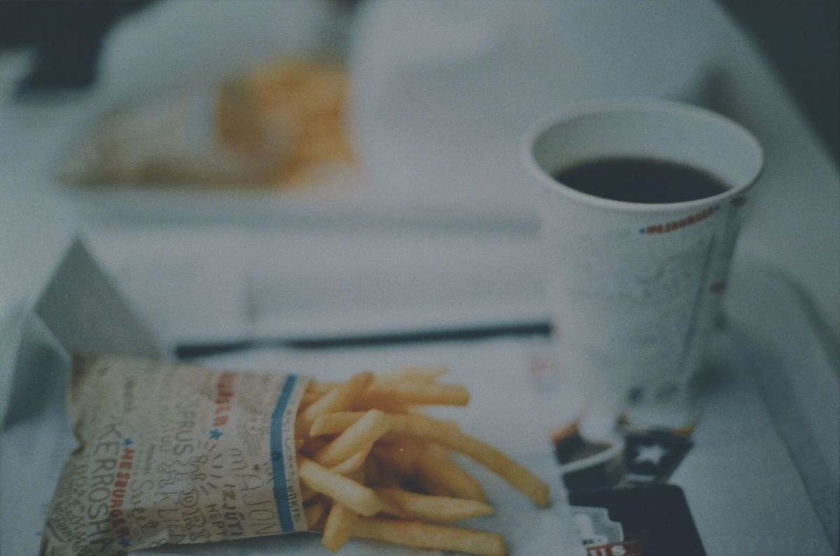 Canonphotography Canon FE-1 Canon Tallinn Analogue Analogue Photography Analog Film 35mm Film 35mm 35mm Camera Food Fastfood Frenchfries Coke Hesburger I love the depth of field with this 50mm lens.
