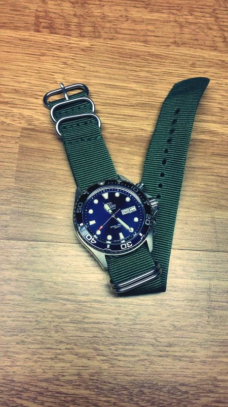 LG G3 NATO Orient Ray Strap Army