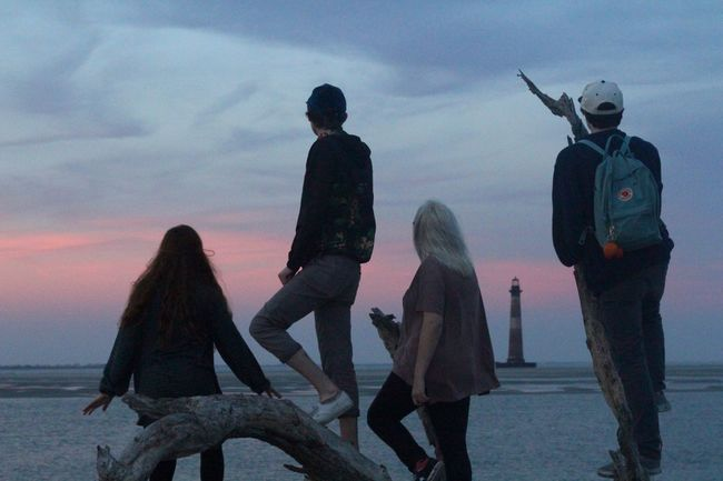 Youth Of Today Beach Life Is A Beach Sunset Friendship Teen Warm Colors Beauty In The Smaller Things Pastel Power