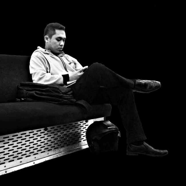 Black And White Texting ID-andrography Daily Activity