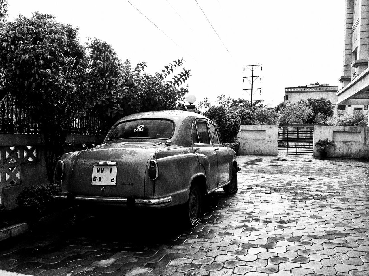 Its a vintage piece fiat product going monochromatic after a rainy day...becomes more attractive when it shines...and now it is kept aside like a vintage showpiece... Enjoying Life That's Me Check This Out Hello World When It's Raining Monochromatic Classic&Vintage Automobiles Automotive Photography Vintagecar Vintage Vehicles