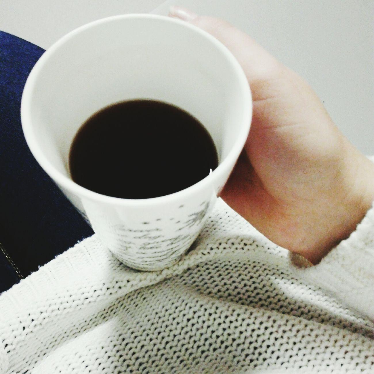 Nie ma to jak kubek gorącej herbaty po męczącym dniu. Tea Cup Cold Days Favourite Cup TimeForMyself First Eyeem Photo