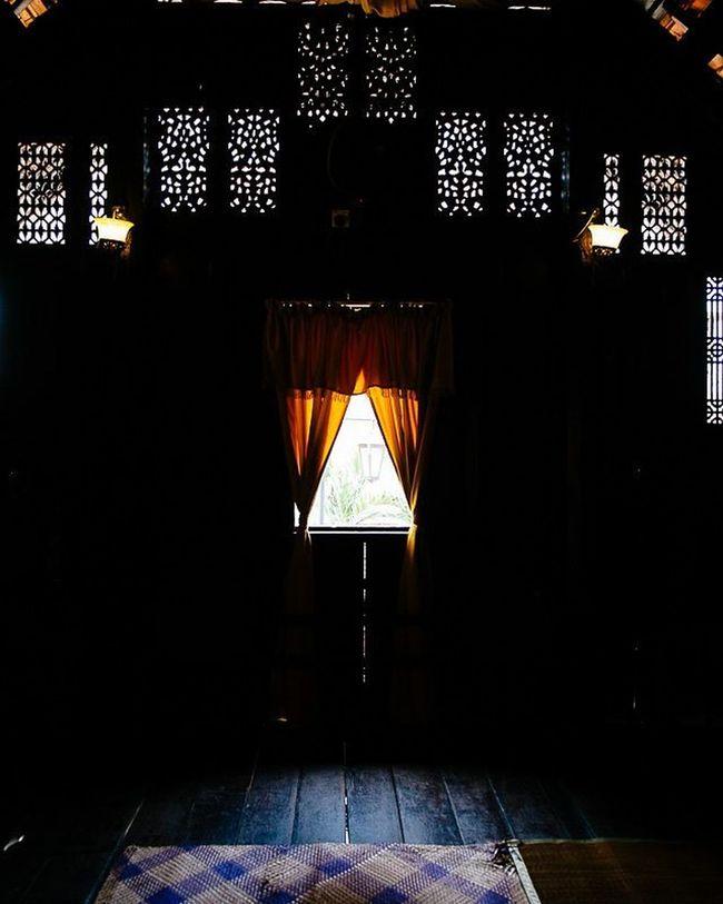 Royal interiors Istana Satu at the Muzium Negara Latergram Travel Wood Interiors Istanasatu Muziumnegara Kualalumpur Kl Malaysia Fujifilm Fuji Xe1
