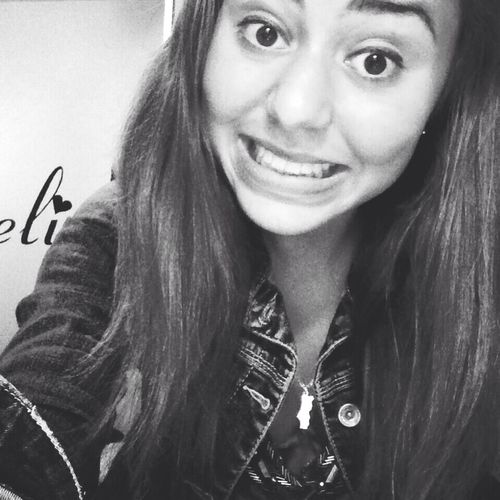 Sourire à la vie. Enjoying Life Selfie Smile