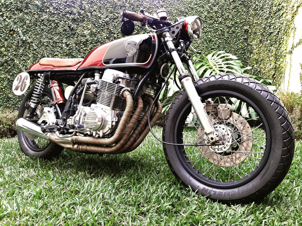 Honda Bicycle Mode Of Transport Transportation Motorcycle Outdoors Cycling Tire Land Vehicle Motorcycle Racing No People Nature Day Motorsport Peru Peruvian Readytorace CB500 CB750 Cbfourclub Caferacer Caferacerculture Distinguishedgentlemansride Distinguished Gentleman Rider Ride A Bike