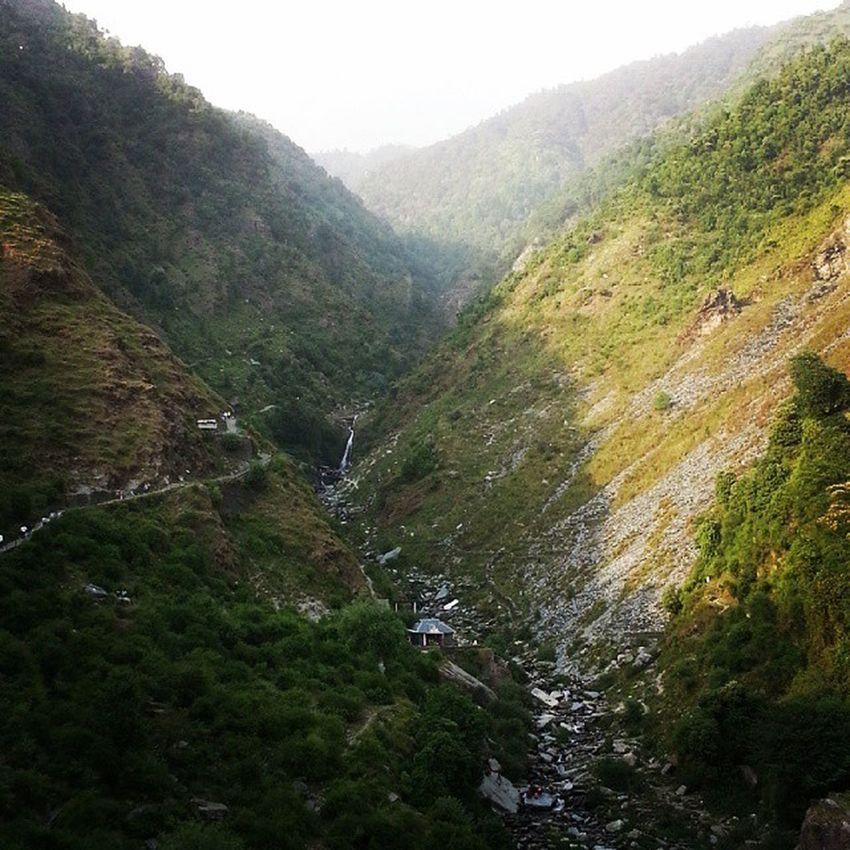 Bhagsunag Himachal Travelling