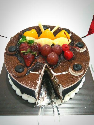 Photography Food Photography Wish Me Luck My Lucky Day My Birthday Birthday Cake Tart September21 Alhamdulillah Travelensa