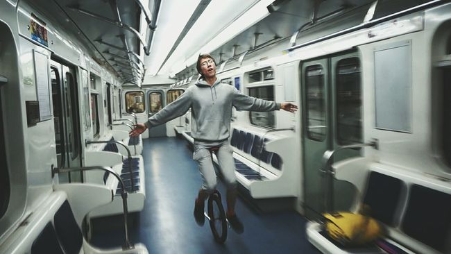 Me riding dat uni in da train in da metro. Just a snap from 1080p video. Unicycle Unicyclist  Unicycle Tricks Cycling Underground Metro Train St. Petersburg Russia People And Places CyclingUnites
