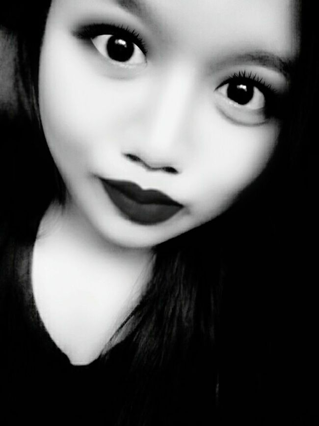 Black & White Selfie ✌ Today's Hot Look Dont Hate Me Just Love Me Proud To Be Me First Eyeem Photo