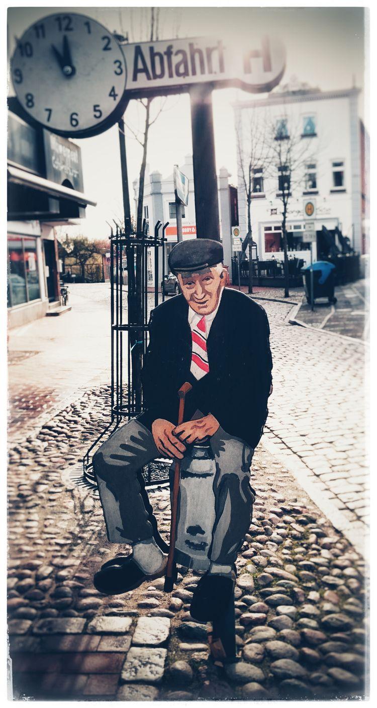 Senior Pictures  Haltestelle Busstopblues  Busstopchillin Kunst Ist Was Du Daraus Machst