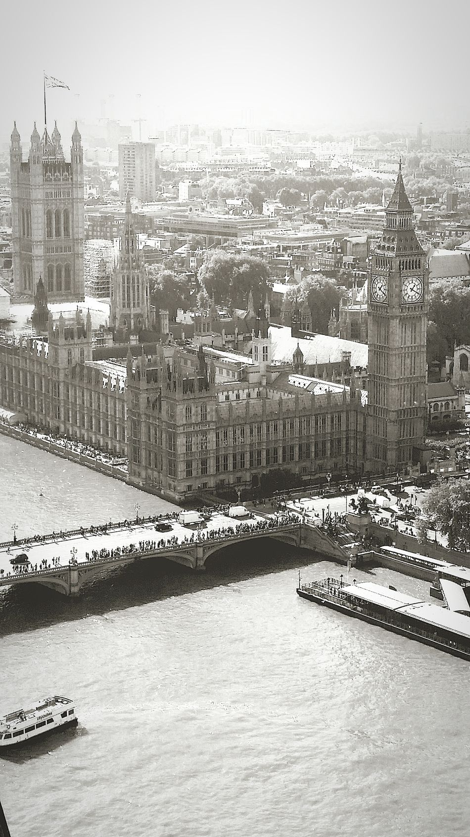 Gettyimages Eyeemmarket Iconic Images  Photography Takingphotos Throughmyeyes Historical Place Architecture Architectural Detail LondonEye Birdseyeview London Capital Cities  Blackandwhite Black & White Blackandwhitephotography Bigben Housesofparliament Londonbridge Ratrun Cityscapes Citylife City View  Footfall London Eye