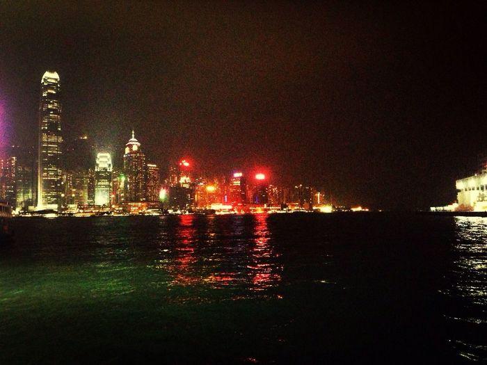 这里的夜景很美丽。