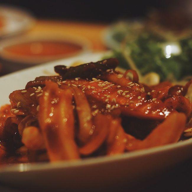 ปลาหมึกผัดน้ำแดงอะไรสักอย่าง อร่อยดี SandwizInBKK Bangkok Koreantown BBQ Travel Sightseeing KoreanFoods