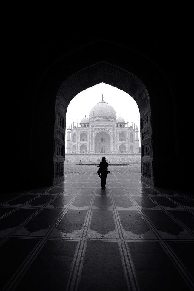 Agra Arch Architecture Black & White Black And White Blackandwhite Famous Place India Taj Mahal Tourism Tourist Attraction  Travel Destinations Unrecognizable Person