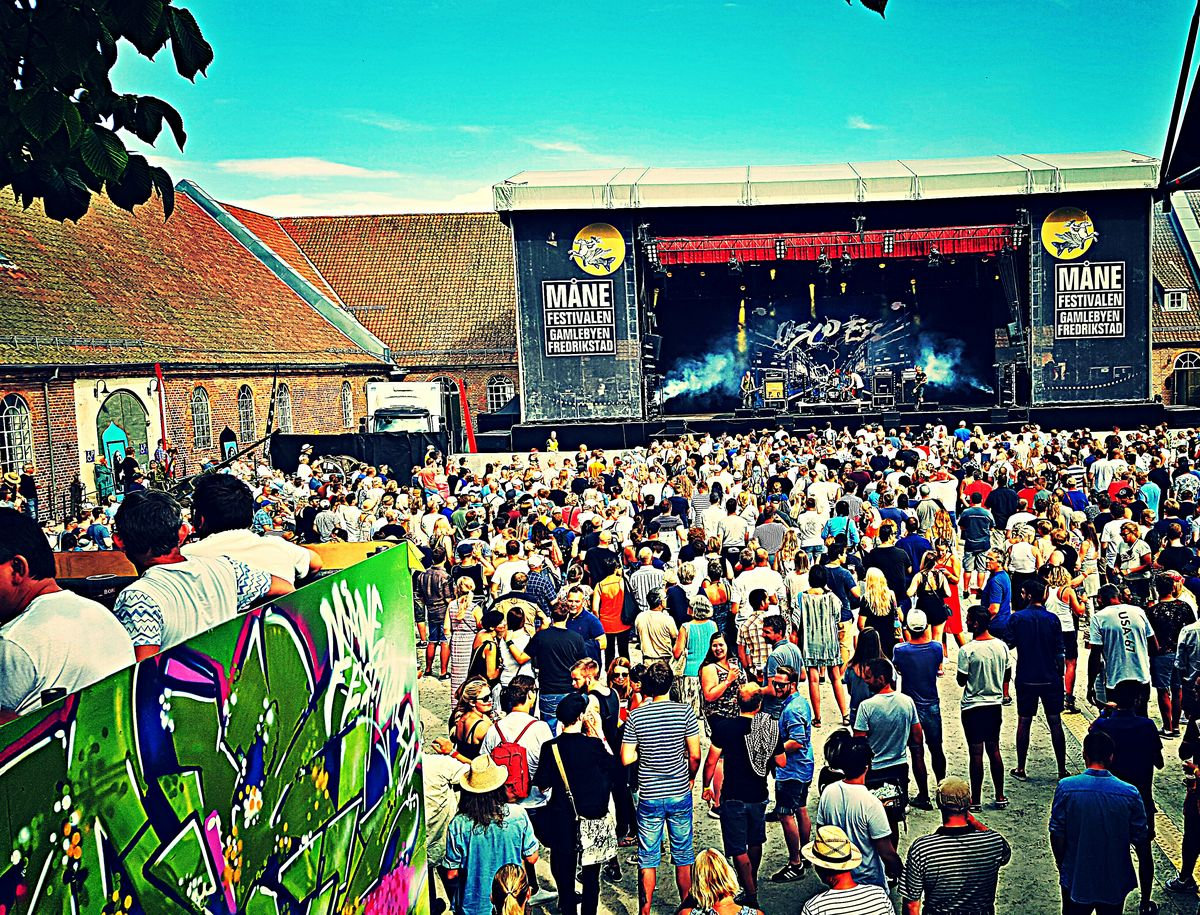 Månefestivalen 2016 Månefestivalen Festival Summer People Music Live Music Large Group Of People Popular Music Concert Crowd