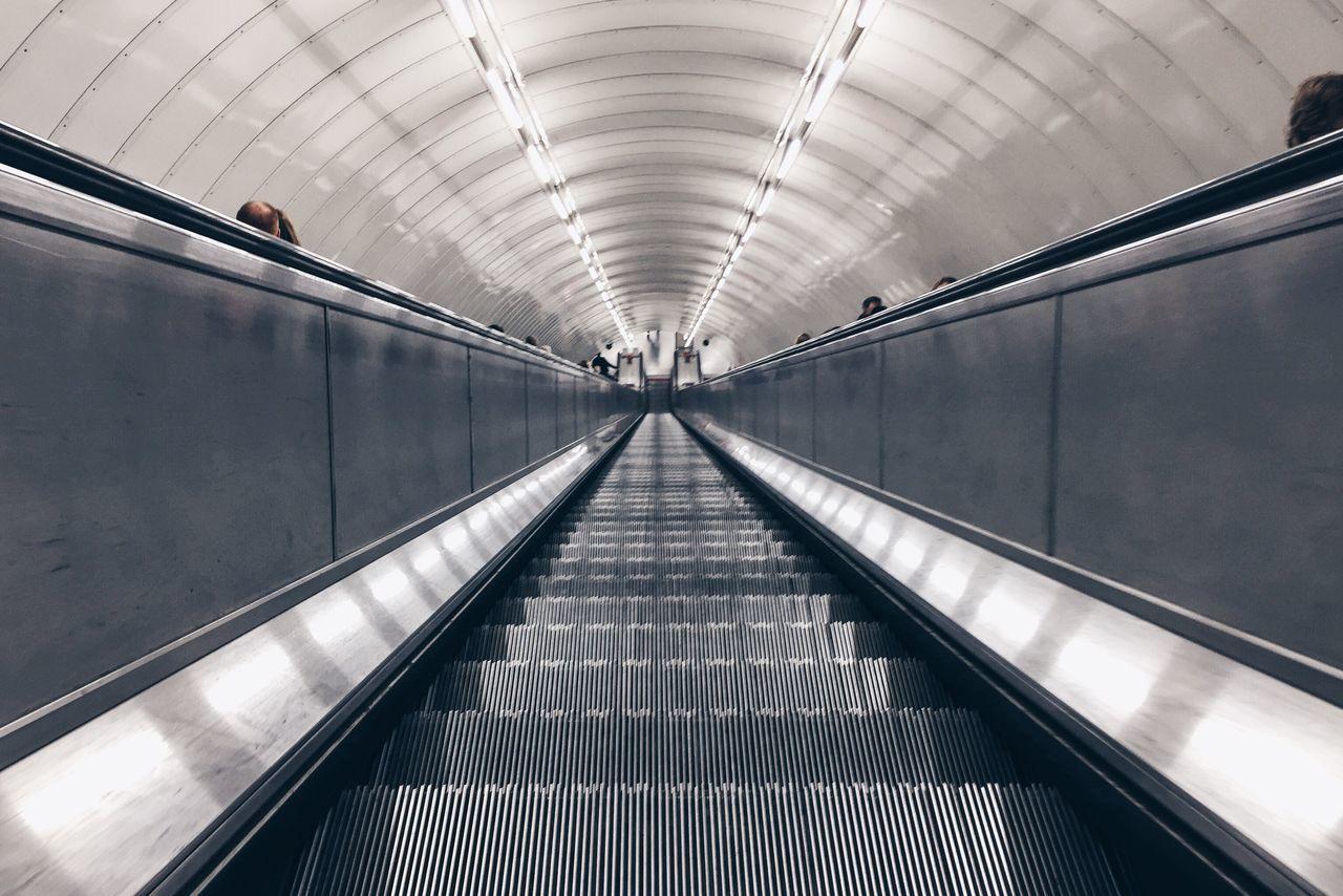 Tube London Underground Underground Station  Picadillyline Stairways Round Deep Symmetry Symmetrical Escelator