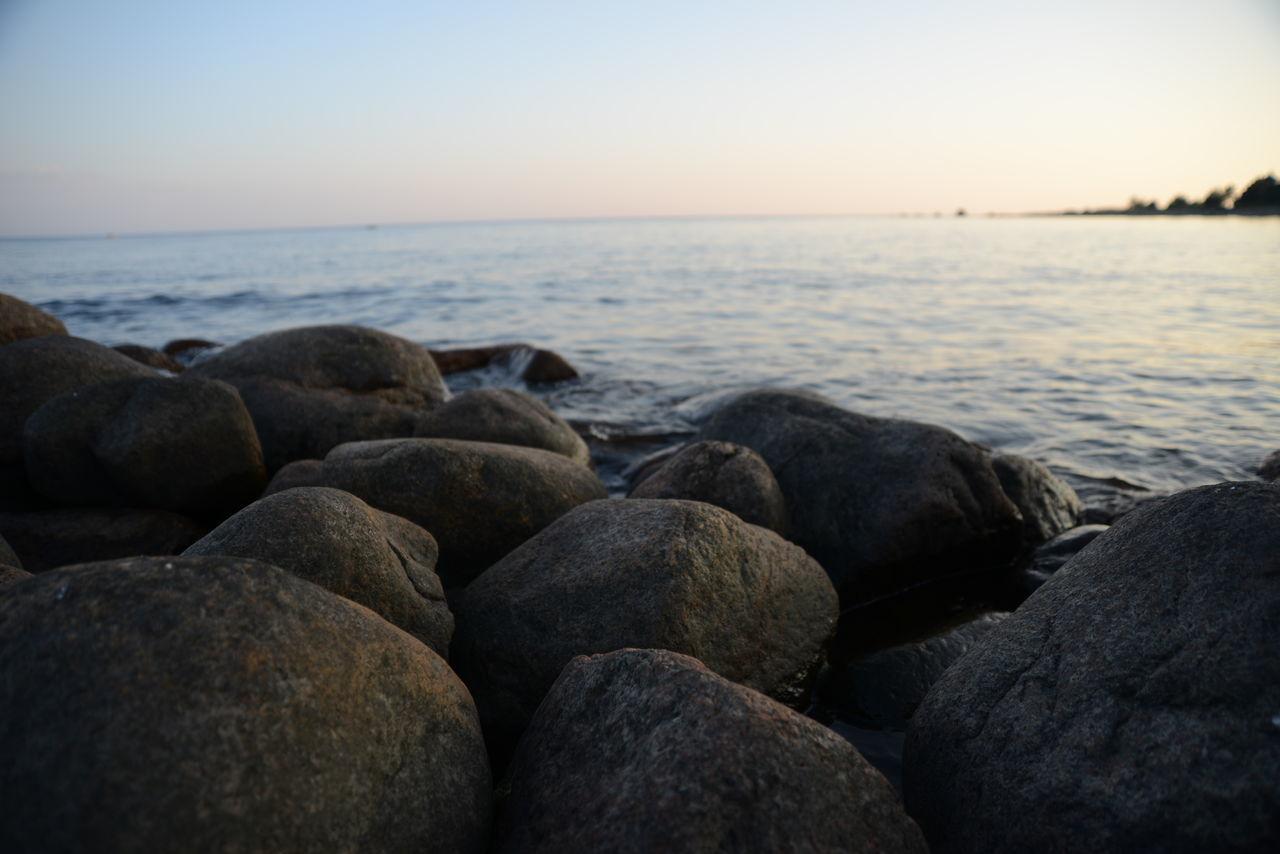 Baltic Sea Calm Evening Gulf Of Finland Horizon Over Water Idyllic No People Non-urban Scene Outdoors Pebble Rippled Rock Rock - Object Scenics Sea Sea And Sky Shore Stone Sunset Tranquil Scene Water White Night