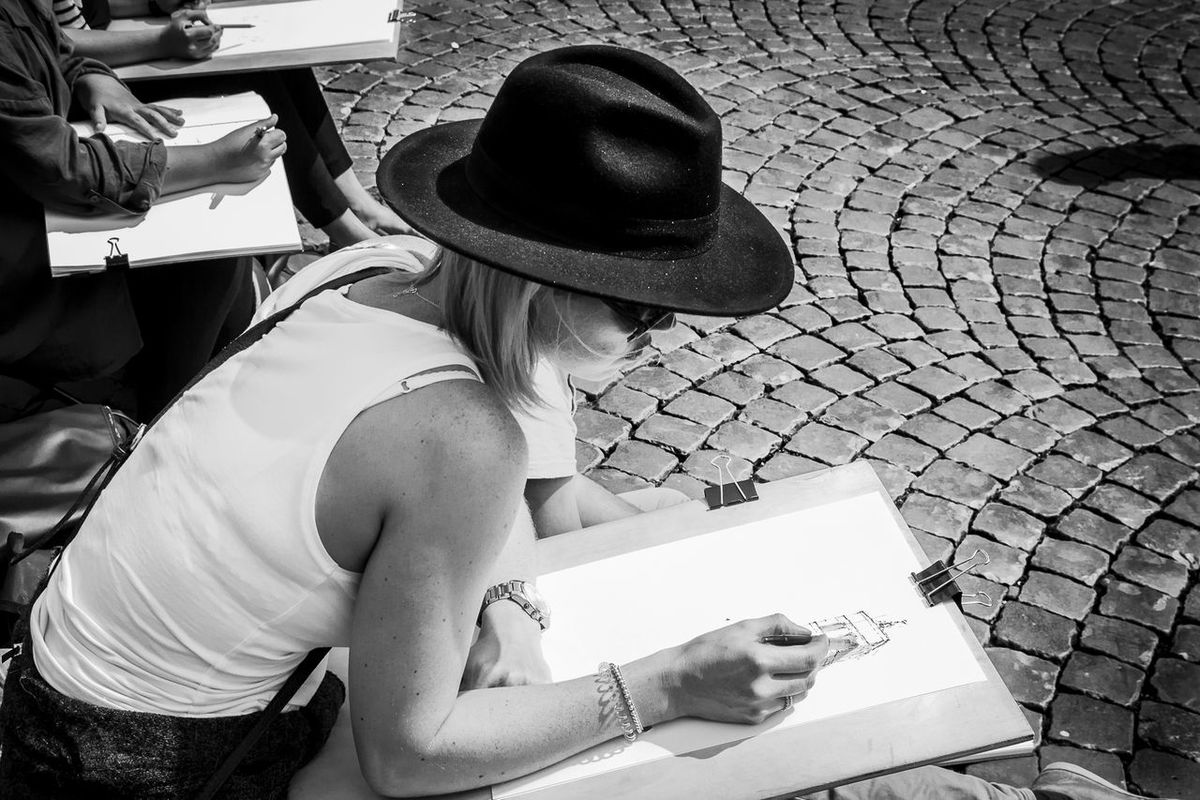 Art Black And White Blackandwhite Blackandwhite Photography Blonde Girl Casual Clothing Cool Day Designer  Fashion Girl Hat Light And Shadow Messy Outdoors Person Rome Romestreets Streetphotography Style Summer Tourist Trastevere Trastevere Rome Young Adult First Eyeem Photo