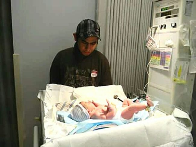 RePicture Growth First Time Daddy My Baby Check This Out Hello World Enjoying Life Hubby Husband My Husband Daddy Dadslife Dad Daddy's Girl Daddys Little Girl Labor And Delivery New Dad