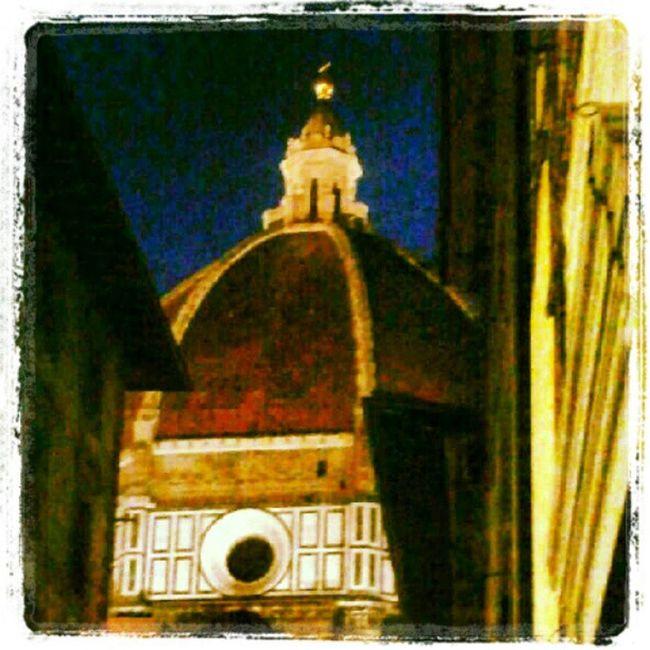 Firenze Firenzebynight Firenzebella Orgoglio forzaviola muphoto lol onecity 2012 florenceitaly