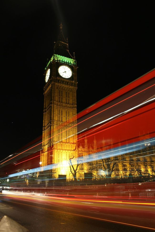 Awesome Shot Big Ben, London Big Ben At Night🌙 Lights At Night Lights Night Colors London Buses London Street Photography Long Exposure Shot Showcase March Photography In Motion Cities At Night